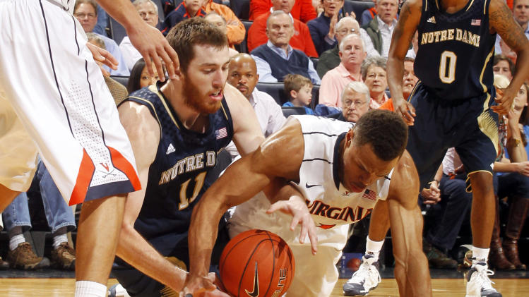 No. 14 Virginia beats Notre Dame 70-49