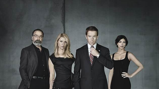 Mandy Patinkin as Saul Berenson, Claire Danes as Carrie Mathison, Damian Lewis as Nicholas 'Nick' Brody and Morena Baccarin as Jessica Brody in 'Homeland' Season 2 -- Showtime