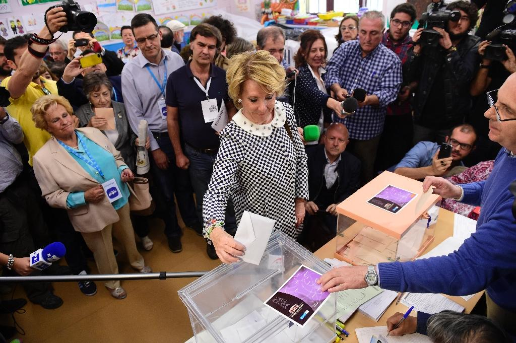 Spain votes as new forces seek 'historic' change