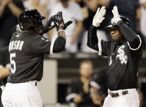 White Sox pound Twins 11-8