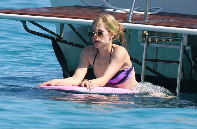 Avril Lavigne St Tropez