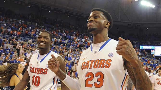 No. 1 Florida beats LSU 79-61, 21st straight win
