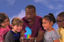 LeVar Burton's 'Tweeting Rainbow' teaches kids about the magic of 140 characters