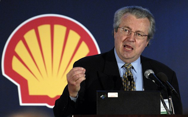 FILE- In this Aug. 22, 2006, file photo, then-Shell Oil Co. president John Hofmeister addresses a conference to discuss the protection of and potential threats to national and global critical infrastructures in Washington. In a recent interview with AP, Hofmeister says oil and gas companies often do a terrible job at communicating. (AP Photo/Nick Wass, File)