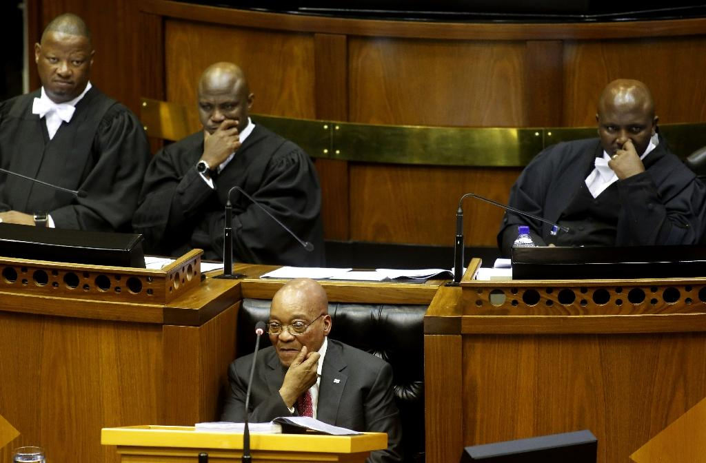 Zuma ridicules S.Africa opposition for disrupting address