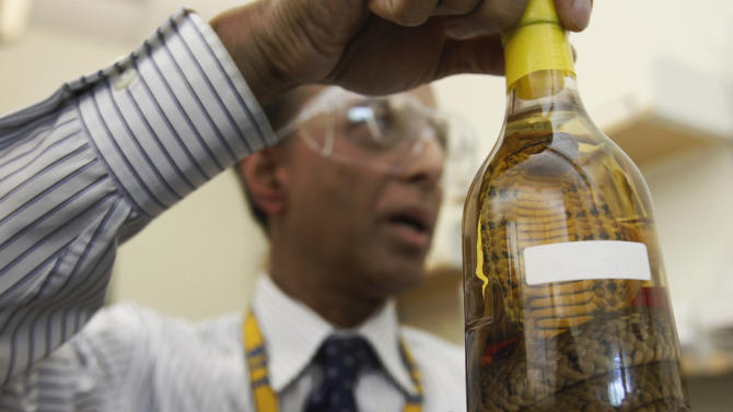 Booze, smokes on agenda for quirky gov't group