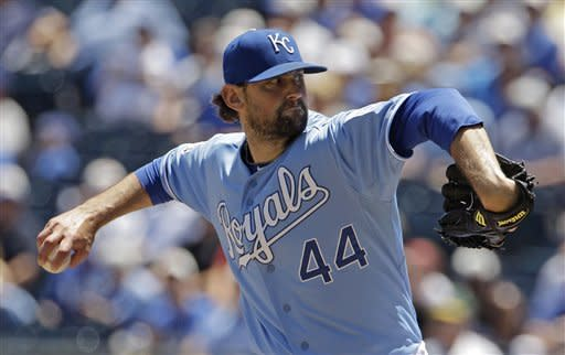 Oakland offense comes alive in 9-3 win over Royals