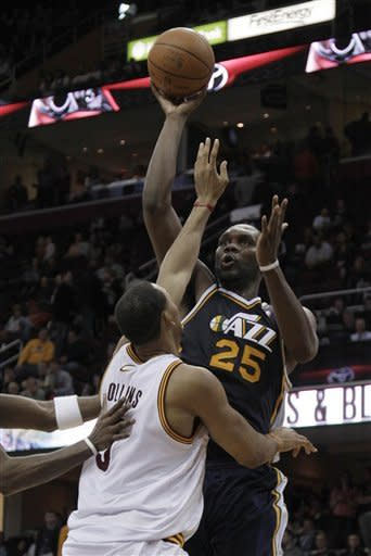 Jefferson, Hayward lead Jazz past Cavs, 109-100