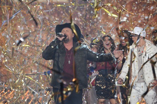 Tate Stevens performs after winning Season 2 of &#39;The X Factor,&#39; Dec. 20, 2012 -- FOX