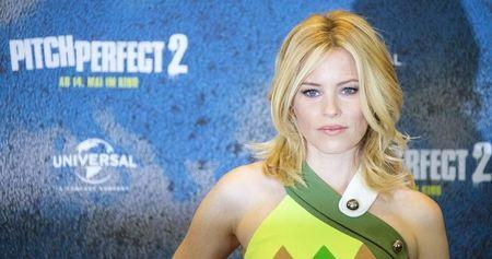 Elizabeth Banks takes director's chair in 'Pitch Perfect 2'