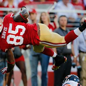 San Francisco 49ers tight end Vernon Davis 18-yard reception