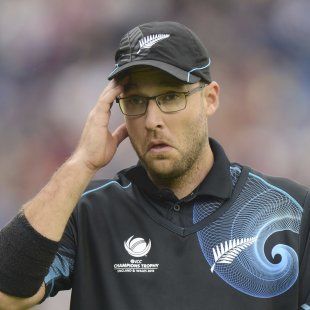 Daniel Vettori goes under the knife