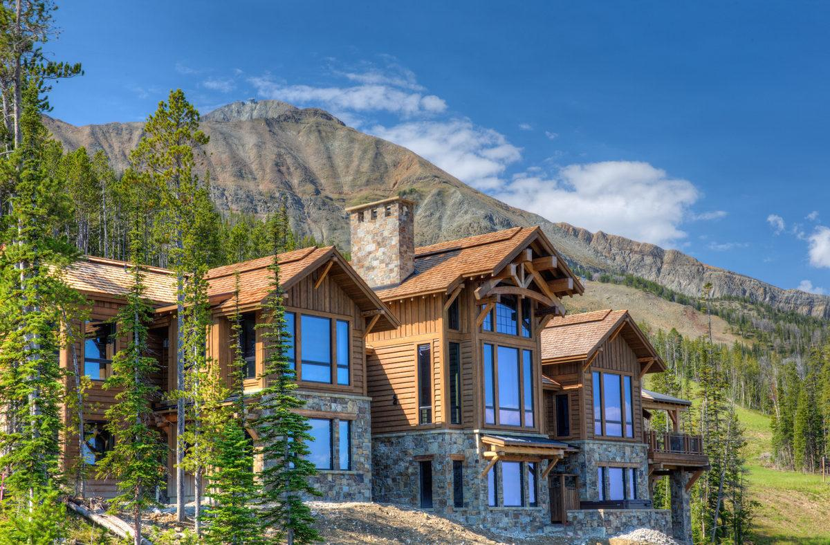 Rent This Big Sky Chalet With 21 of Your Closest Friends