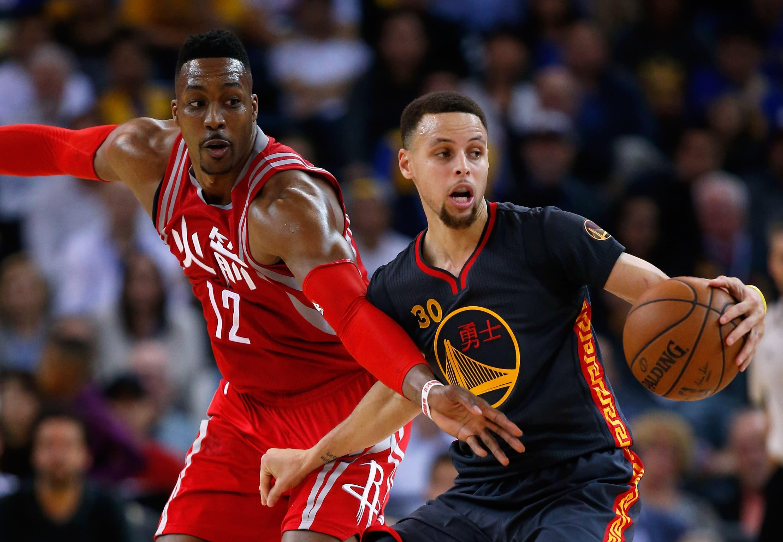Warriors turn it on late, surge past impressive Rockets