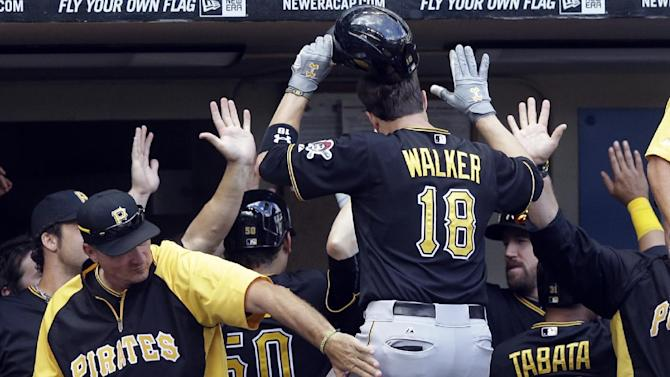 Walker homers, Pirates retake NL Central lead