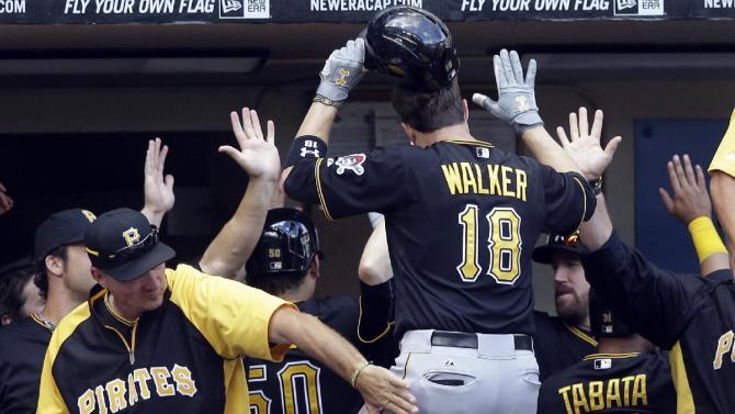 Walker homers, Pirates retake NL Central lead