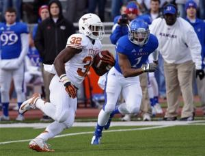 McCoy's late TD pass leads Texas past Kansas 21-17