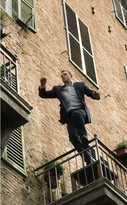 Daniel Craig Quantum of Solace Production Stills MGM Sony 2008