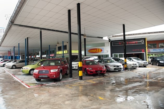 MAS lifts current car loan curbs for 60 days for some used cars (Yahoo! photo)