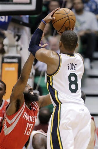 Rockets hand Jazz worst home loss, 125-80
