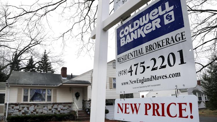 US home sales dip in Dec.; 2012 best in 5 years