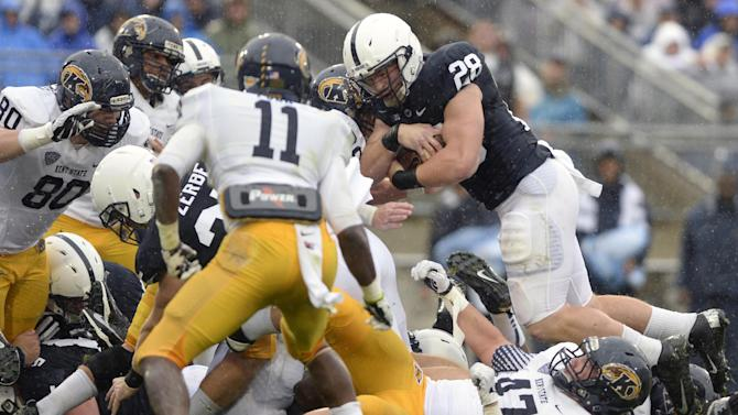 Zwinak scores 3 in Penn State 34-0 win over KState