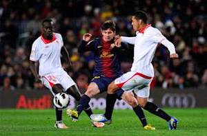 Messi demands Barcelona step up for Clasico