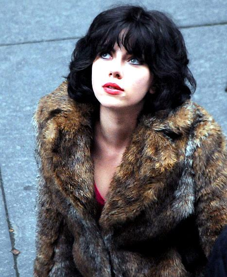 PICTURE: Scarlett Johansson Goes Brunette in Dramatic Movie Makeover