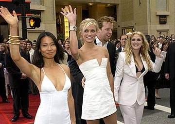 Premiere: Lucy Liu, Cameron Diaz, McG and Drew Barrymore at the LA premiere of Columbia's Charlie's Angels: Full Throttle - 6/18/2003 