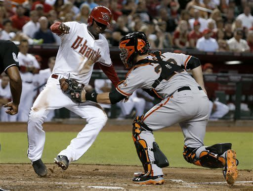 Goldschmidt's HR rallies D-Backs past SF 3-1