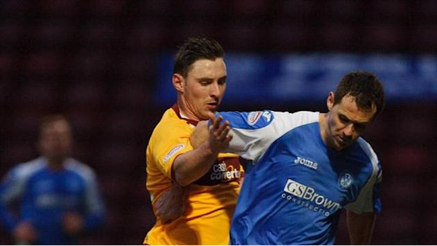 Football - McHugh extends Motherwell deal