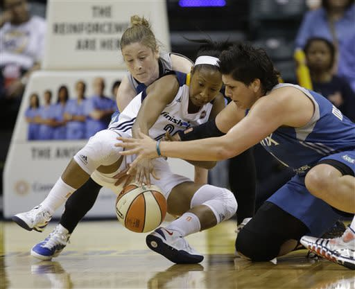 Whalen, Wright lead Lynx past Fever 69-62