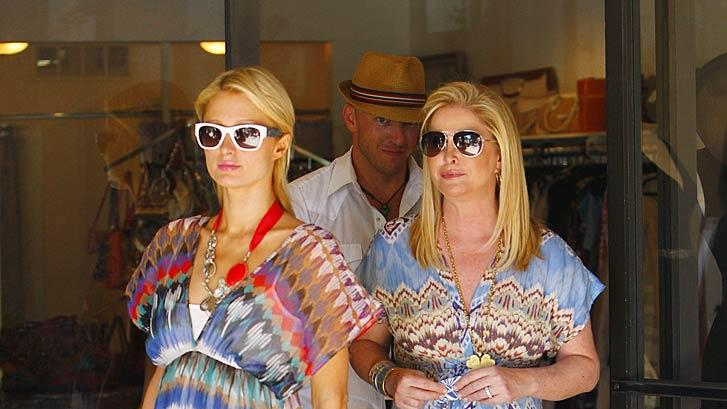 Paris Kathy Hilton Shopping