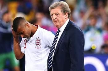 Hodgson praises 'excellent professional' Ashley Cole as embattled defender nears 100th England cap