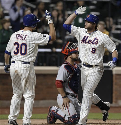 Murphy's single in 9th lifts Mets over Nats 4-3