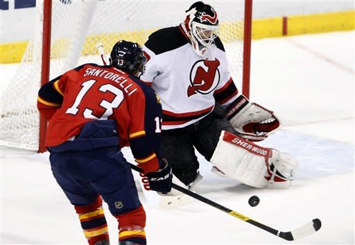 Brodeur leads Devils past Panthers 3-2 in SO