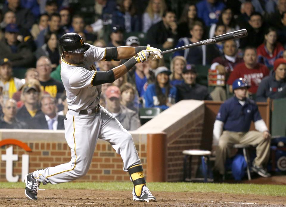 Pirates clinch 1st playoff berth in 21 years