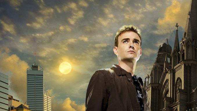 Robin Dunne stars as Dr. Will Zimmerman in Sanctuary.