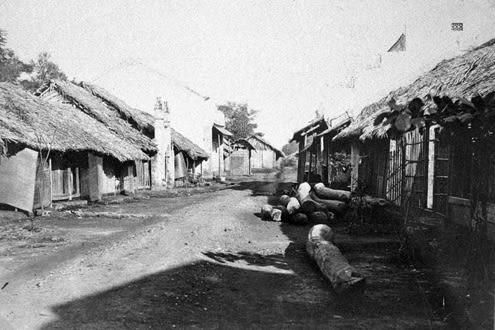 Một khu phố Sài Gòn năm 1866.