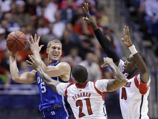 Louisville beats Duke 85-63 to reach Final Four