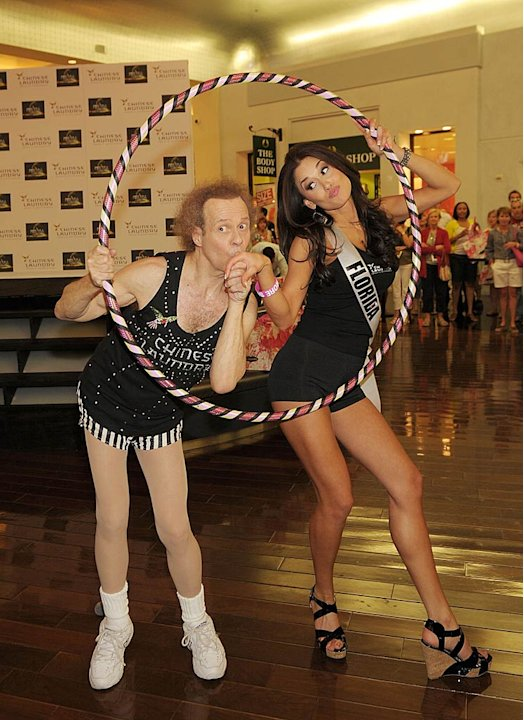 Richard Simmons Lissette Garcia Hula Hoop
