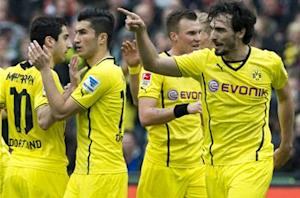 Hannover 0-3 Borussia Dortmund: Klopp's men make Bayern wait for title