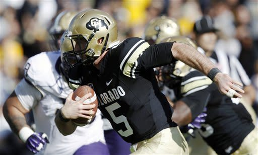 Price's 5 TDs lead Washington past Colorado 38-3