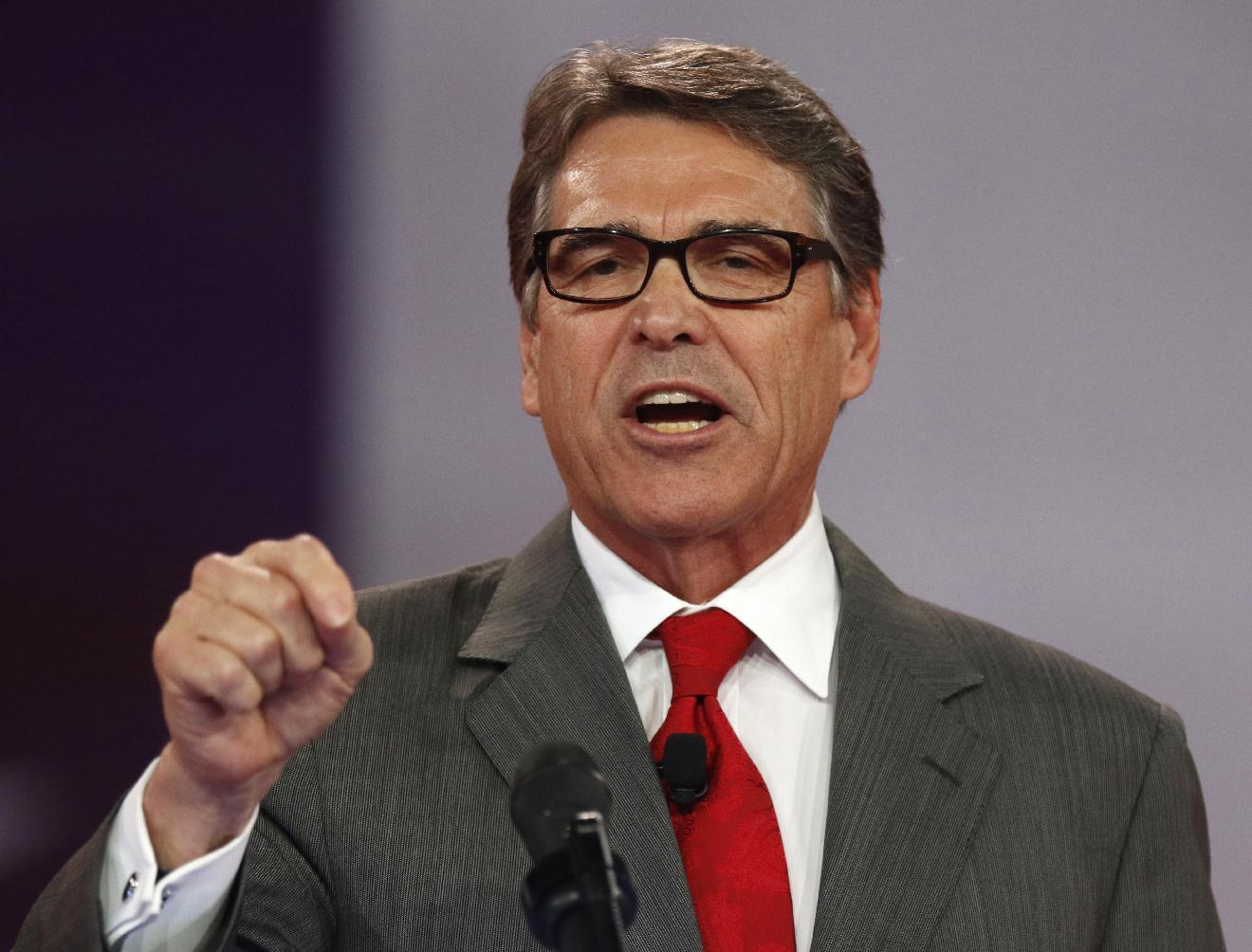 Perry, Santorum presidential hopes undercut by own donors