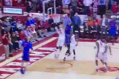 Dorian Finney-Smith pushes Florida over Alabama with vicious game-winning dunk
