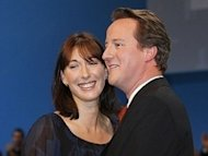 Cameron 'abandoned' eight-year-old daughter in pub