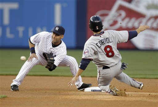 Pavano, Morneau help Twins beat Yankees 7-3