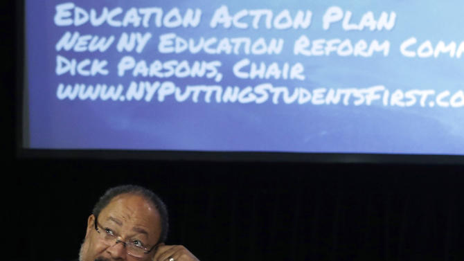NY commission seeks longer school day, year
