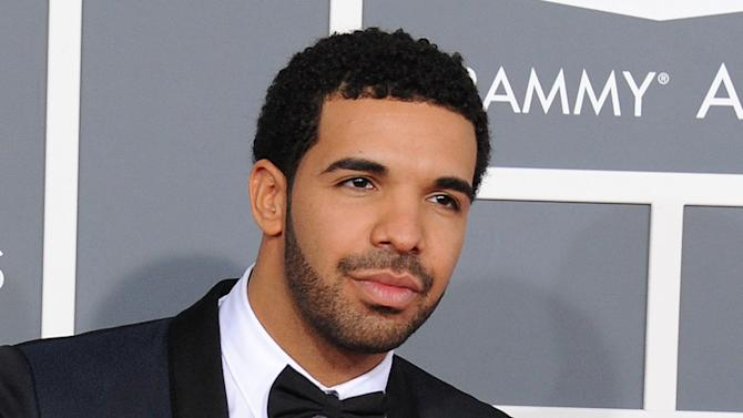 Drake to perform at VMAs; Swift, Gomez to attend