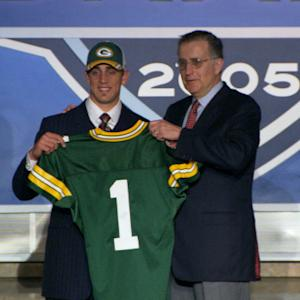 'Caught in the Draft': Aaron Rodgers keeps on waiting